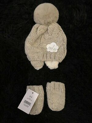 Baby Hat and Mittens Never Been Worn Cream 0-3 Months