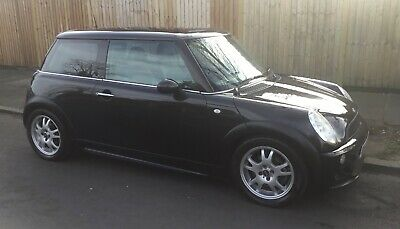2003 Automatic Mini Cooper  Low Insurance Group One Years Mot Auto Mini Cooper