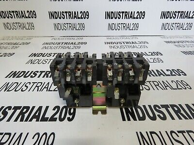 Square D Hoist Contactor 8965 Type T021 New