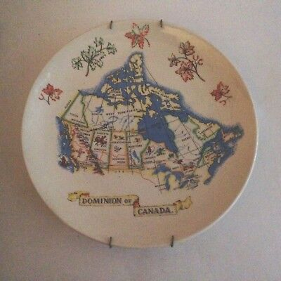 """Wade Pottery England """"Dominion Of Canada"""" Plate Map 9.5"""""""