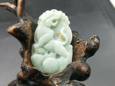 100% Delicate Chinese natural Hand-carved Myanmar Jadeite pendant tiger