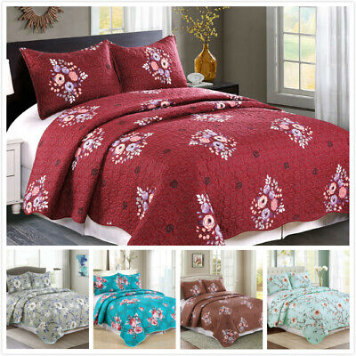 3 Pieces Microfiber Reversible Queen/King Quilt Set with Shams, Floral Print