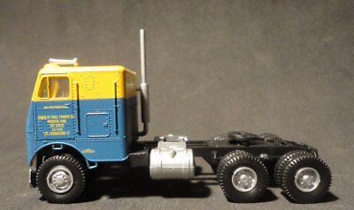 Rare/New - Ho Scale Athearn 5510 Freighter Tractor #Santa Fe Trailway#