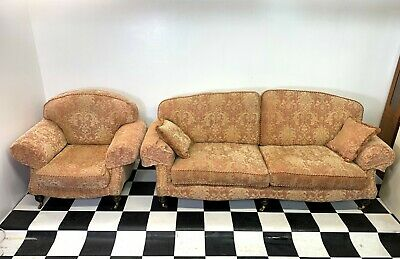 Superb Ashwood Pembroke two piece traditional lounge suite large sofa & armchair