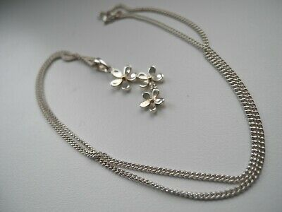 Sterling silver//925//two tone//yellow gold//Daisy//flower//pendant//necklace//boxed