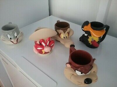Warner  Bros.  Promotional  Character  Mugs...5  Different...all  Vgc.