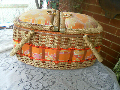 1960s VINTAGE/RETRO CANE/WICKER/WOOD & PADDED FABRIC SEWING CRAFT BASKET-HANDLES