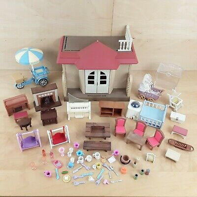 Sylvanian Families Beechwood Willow Hall Extension Summer House With Extras