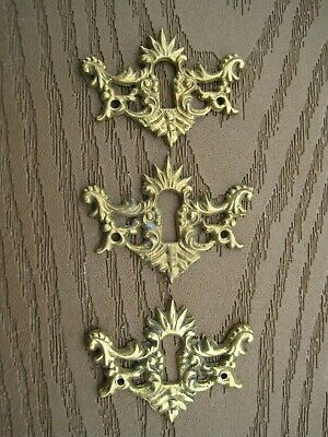 3 VIN Victorian Style Brass Ornate Design Key Hole Escutcheon Covers 2 IN X 11/2