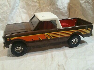Windshield for a Ertl International Scout Truck with a Reproduction frame
