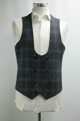 Men's Unbranded Double Breasted Navy Blue Checked Waistcoat (40R).. Ref: 7435