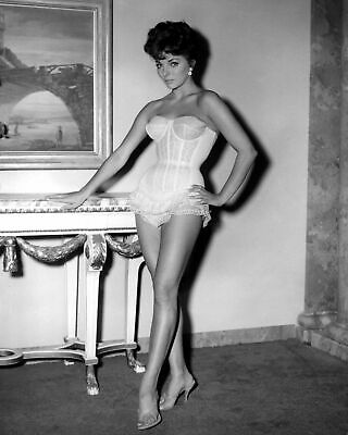 JOAN COLLINS WEARING RED SHOES | 8x10 SEXY CHEESECAKE COLOR PHOTO CHIP  SPRINGER - $24.99 | PicClick