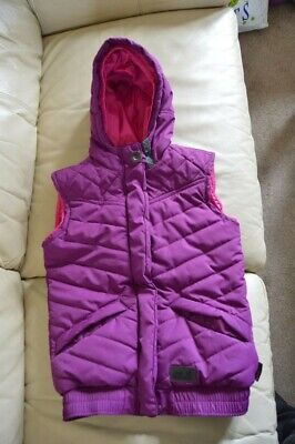 Jack Wolfskin girls body warmer, age 11 - 12, 152 - 158 cm, Perfect condition