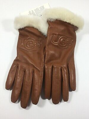 UGG Classic Leather Logo Tech Gloves Women's Size Medium 5522 NWT