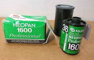 FujiFilm NeoPan ISO 1600 Professional B&W Black White Film 35mm - Expired 2008