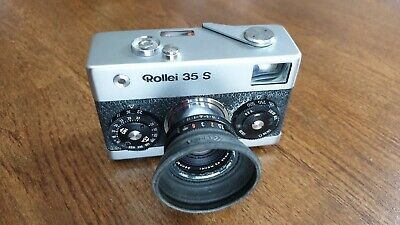 Rollei 35 S - 35mm Film Camera & Sonnar 2.8/40 HFT Lens (Made in Singapore)