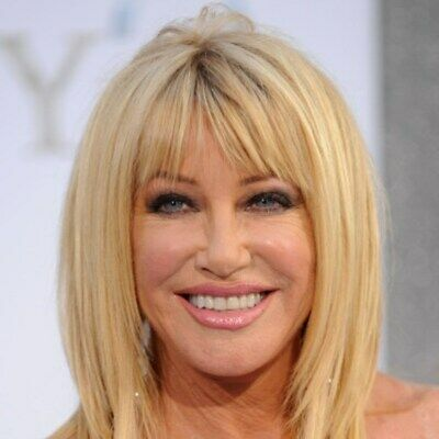 Suzanne Somers Smiling For Phote 8x10 Picture Celebrity Print