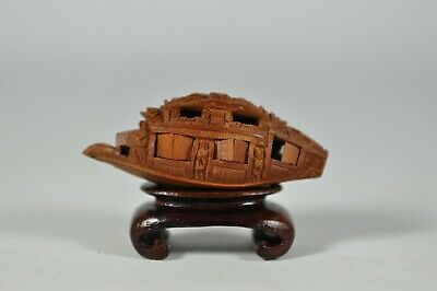 Fine Old China Chinese Carved Olive Nut Boat Scholar Art