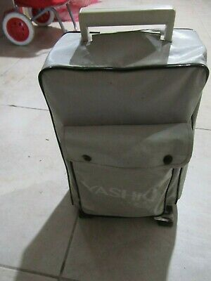 Yashica 8P3-RS Auto  8mm Movie Film Projector with Original carry bag