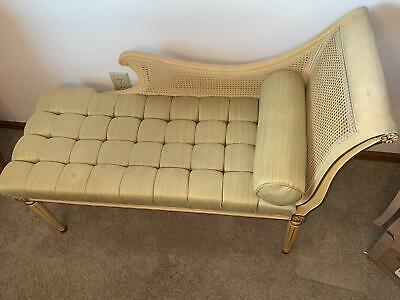 Antique Fainting Couch / french provencial. Settee. Chair Boudoir / Chaise Sofa