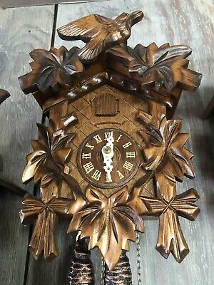 Nice Vintage Black Forest Cuckoo Clock BEAUTIFULLY DEEP CARVED W/REGULA MOVEMENT
