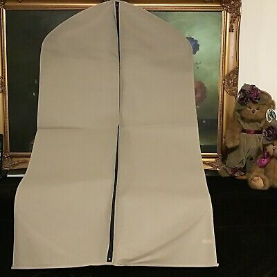 New Burberry Garment bag Protector Cover Bag Breathable no Logo Travel Luggage T