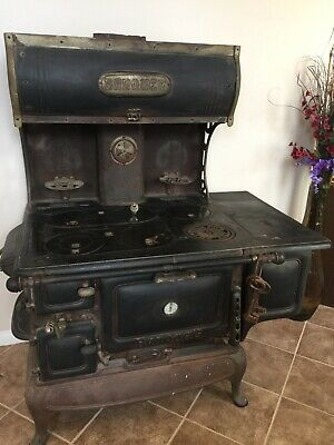 Antique Banquet Full Size Cast Iron Cook Stove