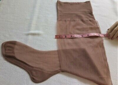 "Vtg 1950'S  ""Extra Wide Legs"" Seamed Keyhole Welt Nylon Granny Stockings 10/32"