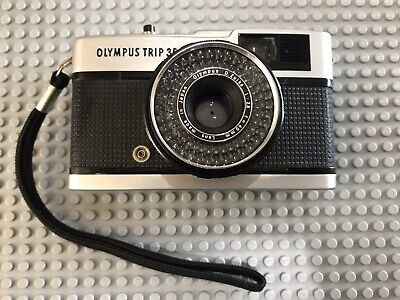 Olympus Trip 35 Point and Shoot 35 mm Film Camera vintage - Great Condition