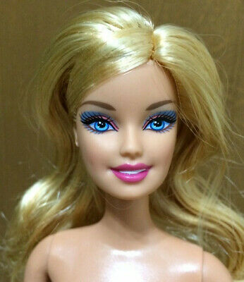 Barbie Doll Fashionistas Glam Articulated Jointed Blonde Hair Blue Eye OOAK Play