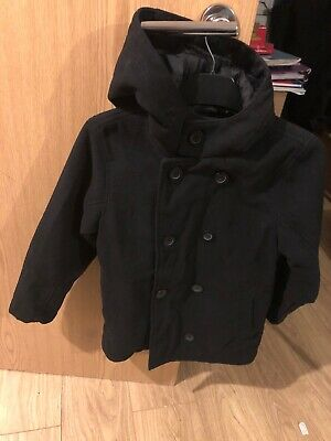 Boys Black Hooded Coat Jacket Age 7-8Yrs Great Condition