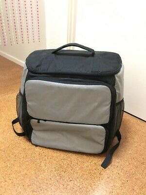 Insulated delivery backpack