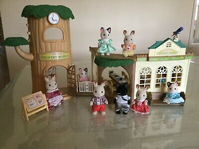SYLVANIAN FAMILY Country Tree School SF5105 + Families SF4150 & SF5181 Excellent