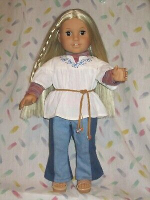 "American Girl 18"" doll - Julie + 2 outfits - tlc"