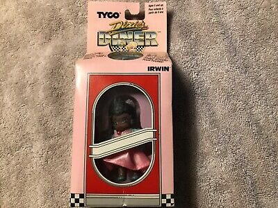 TYCO Dixie's Diner Doll Patty 1989