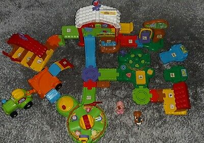 VTECH TOOT TOOT Farm Play Set with 2 Animals + Tractor + Extra Track Preschool