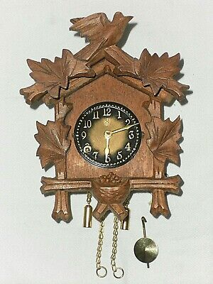 Vintage Mini German Wintermantel Wooden Wall Cuckoo Clock Style in Box