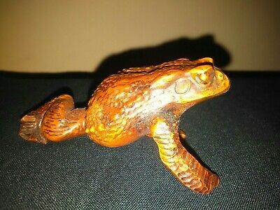 Collectable Chinese Hand Carved Boxwood Frog Toad Statue Figure Ornament