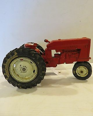 Ertl International Harvester 404 with Ertl Decals 1965 IH050