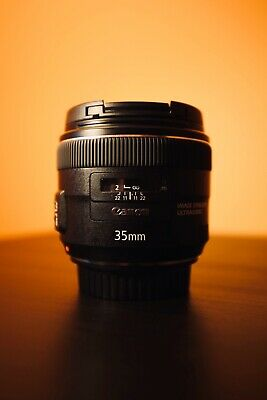 Canon EF 35mm f/2 IS USM Lens - Like New