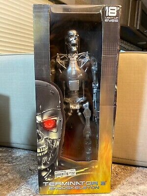 "Neca Reel Toys 18"" Terminator 2 Judgement Day T-800 Endoskeleton Action Figure"