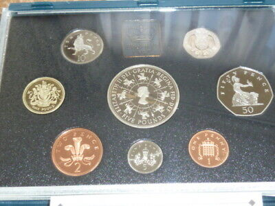 Royal Mint Uk. Proof Coin Collection 1993 With £5 Coin