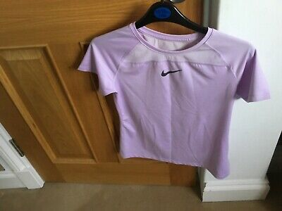 Nike girls top size 12/13 years