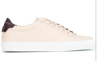 Givenchy Classic Low Sneaker -38