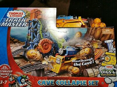 Thomas & Friends Track Master Cave Collapse Set