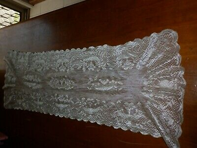 TABLE RUNNER LACE 90cm X 28cm