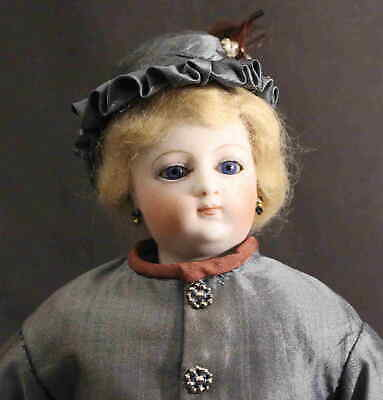 VERY  NICE  ANTIQUE  FRENCH  FASHION  DOLL  by  E.  BARROIS