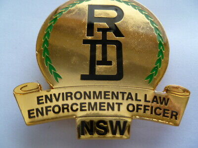 aust old RID id badge has usual nsw 3 screws on back