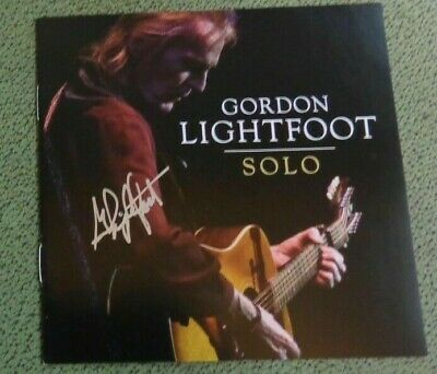 "AUTOGRAPHED  Gordon Lightfoot ""Solo"" CD Album Booklet and Sealed CD"