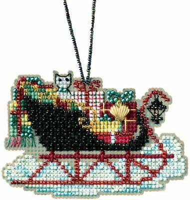 Mill Hill Charmed Ornaments glass bead kit - Vintage Sleigh 8.9 x 5.7cm